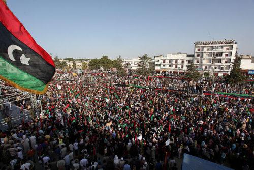800px-Demonstration_in_Bayda_(Libya,_2011-07-22)