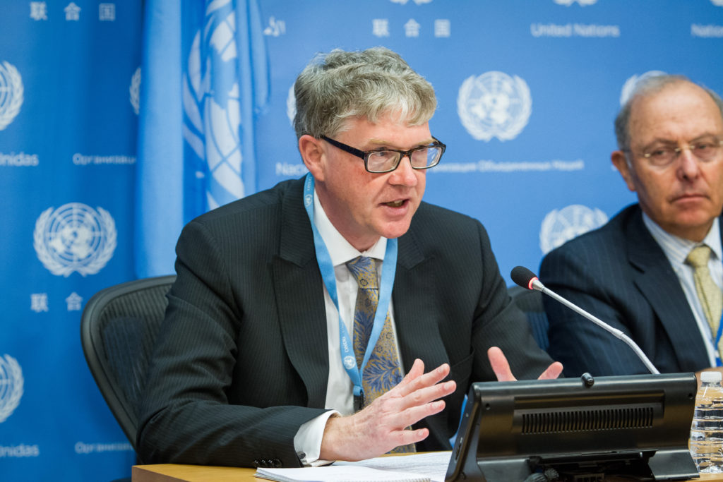 Malcolm Evans, Chair of the Subcommittee on Prevention of Torture, addresses a press conference on torture and other cruel, inhuman or degrading treatment or punishment.Credit: UN Photo/Loey Felipe
